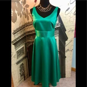 Stunning dress by Cynthia Howie in size 6